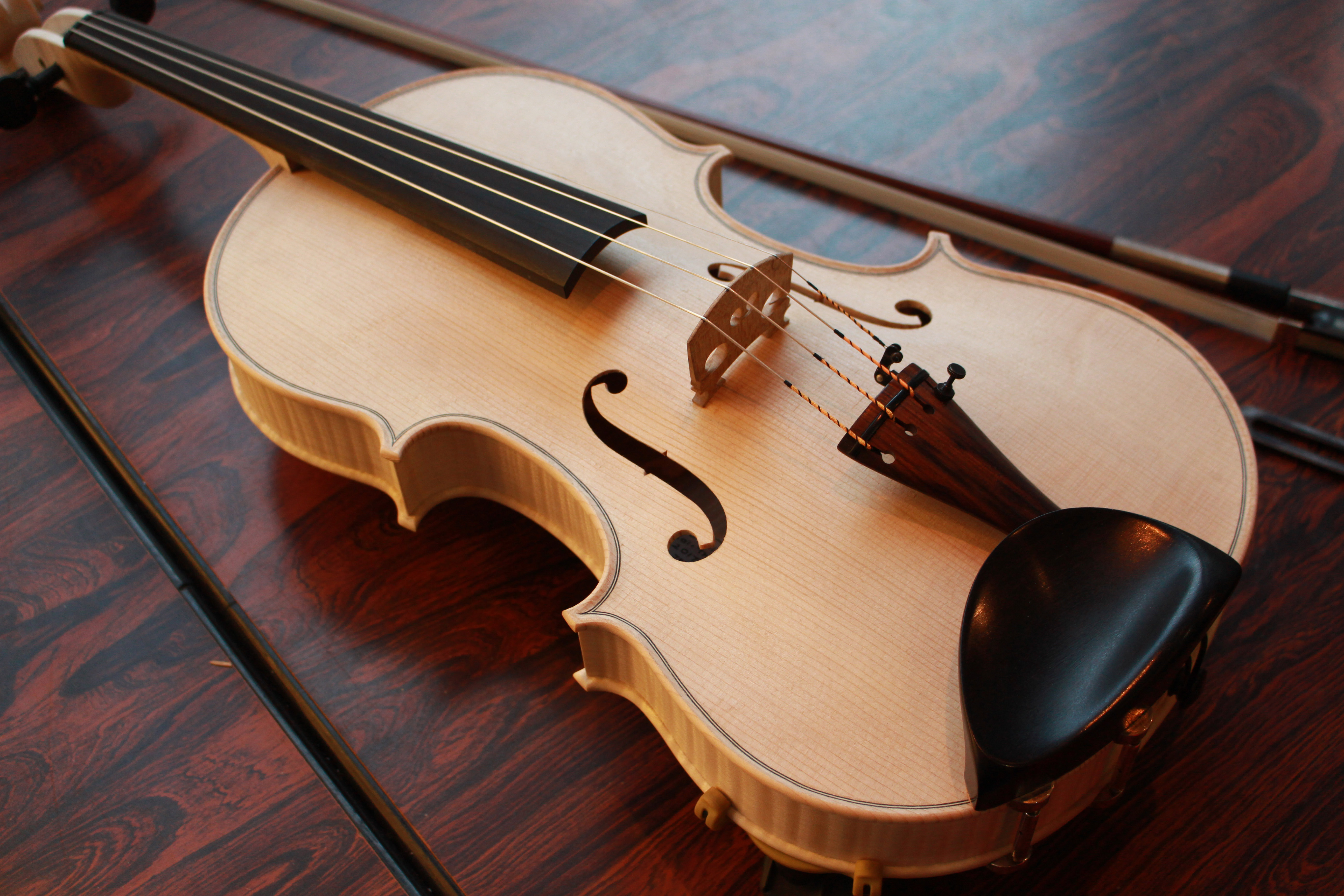 Luthiers Make New Viola For Rncm Collection Royal